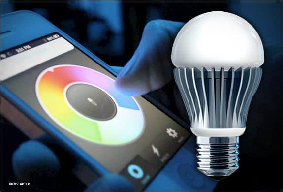 Control-an-LED-light-bulb-from-your-phone hindi